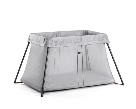 BabyBjorn 輕便旅行床 -  * An ideal place for a night's rest and nap of your sweetheart is the Travel Cot Light from the house BabyBjörn.