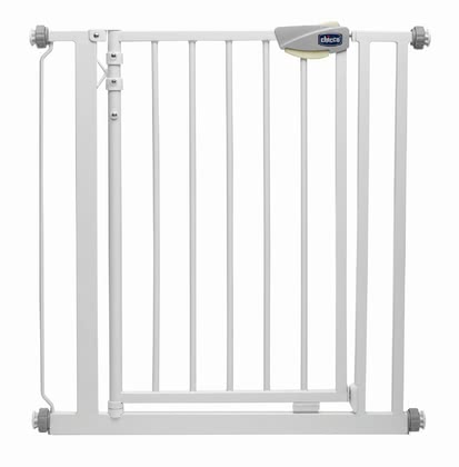 Chicco 門護欄 - * With the Chicco safety gate you can border dangerous sections