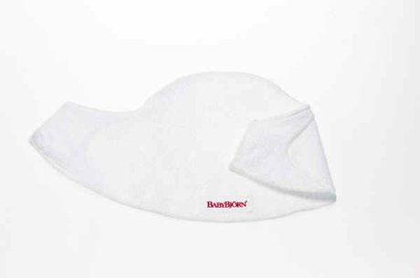 Baby Björn 背帶用圍兜兜 - * The BabyBjörn bib for the carrier consists of soft terrycloth and protects the upper edge of the carrier