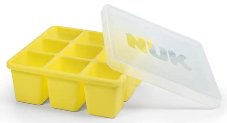 NUK Fresh Foods 冷凍模 -  * The NUK Fresh Foods freezer mould is perfect for portioning and freezing freshly prepared baby food in a quick and easy way. The innovative shape is sectioned into nine small containers, each with a capacity of 60 ml. Each serving is equivalent to the size of a toddler's meal.3