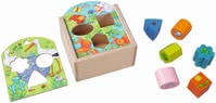 Haba 動物益智盒 -  * Little animal lovers will be fascinated by this cute shape sorting box by Haba.