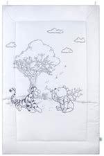 Zöllner 迪士尼爬行墊 Sketch a story -  * When your little one starts to crawl and play, a cuddly crawling blanket such as the Sketch a Story crawling blanket of Zöllner's Disney collection comes in as the ultimate must-have item.