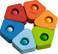 "Haba 摇铃""彩色六角形"" - * Haba grasping toy ""blur of colour"" – This toy will put a smile on your child's face."