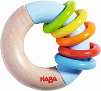 "Haba 摇铃""圆环之旅"" - * Haba grasping toy ""ring around"" – This toy will provide a lot of fun."