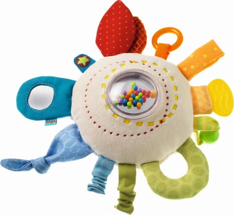 "Haba 玩具抱枕""彩虹乐趣"" - * Haba Teether Cuddly ""Rainbow Round"" – This cushion by Haba is very soft and provides multiple elements and features to discover."