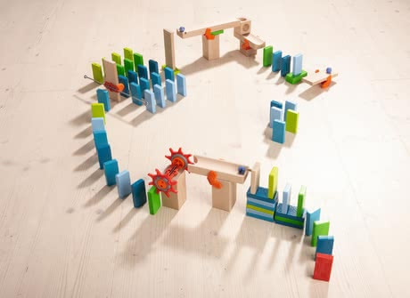 Haba 骨牌基本包 - * Haba basic pack domino – This basic pack is an exciting combination of bricks and a ball track.