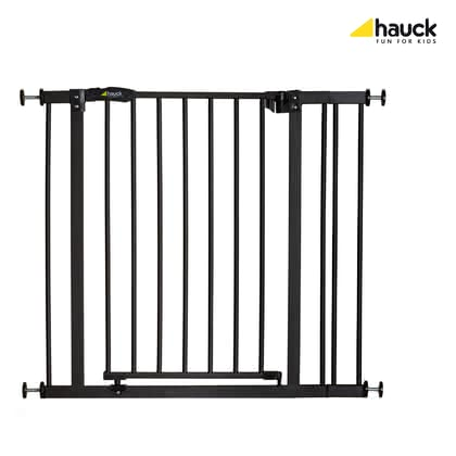 Hauck 門護欄 Close'n Stop (可再延長9公分) -  * With the Hauck Baby Gate Close'n Stop +9 you can create a safe and protected environment at home for your children as well as for your pets. The baby gate comes with a 9 cm extension which makes it suitable for door frames and banisters with openings of 75 to 90 cm wide.