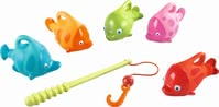 Haba 沐浴釣魚玩具 -  * Five colourful sea dwellers splash about in the water of your bathtub and swim happily on the surface. Your little fisherman will love to catch the cute little fish with the help of the fishing rod and line included in the set.