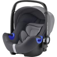 Britax Römer 嬰兒提籃 Baby Safe i-Size -  * The Britax Römer Infant Car Seat Carrier Baby Safe i-Size provides your child with plenty of space to grow and features a flat recline position.