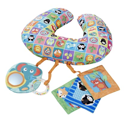 Chicco玩具枕頭 -  * Chicco's Playing Cushion is perfect for playing with it in prone position. This position is recommended by paediatricians, since it is ideal for strengthening your little one's back muscles.