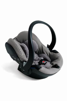 Babyzen嬰兒提籃iZi GoBesafe型號Besafe合作生產 -  * The stylish and confident solution for transporting your baby in a safe and easy way. A combination of French BABYZEN Design and Scandinavian BeSafe safety brings out the main points of this trendy infant car seat.