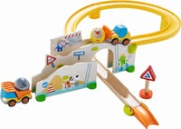 "Haba游戲軌道 施工現場 -  lThe stable Kullerbü ball track ""On the construction site"" by HABA provides many great game effects."