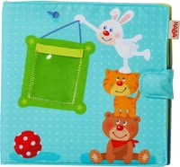 "Haba寶寶相冊玩具 -  * Surprise your little sunshine with a very personal gift! The cute baby photo album ""Playmates"" by Haba is perfect for keeping photographs of your child and your family."