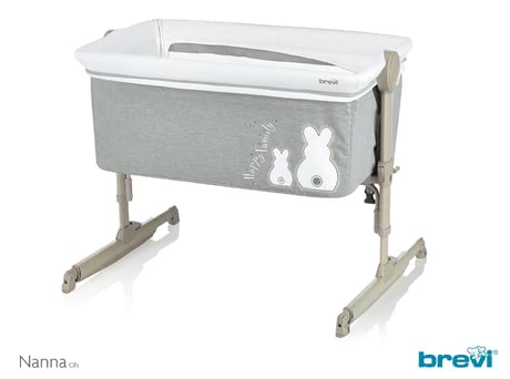 Brevi簡便嬰兒床Nanna Oh -  * The Brevi Nanno Oh is the perfect 2 in 1 side bed crib and bassinet. It ensures that you can keep your little one up to a weight of 9 kg close to you at all times and wherever you are in your flat – whether that be in the bedroom or in the living area.