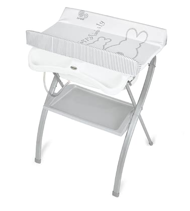 Brevi尿布台和洗澡台一體神器Lindo -  * The comfortable bath and changing unit Lindo by Brevi is perfect for being set up even in small bathrooms. By offering both a safe changing station as well as a comfy bathtub, Lindo supplies you and your little one with enough space for snuggling and cuddling while changing nappies or taking a relaxing bath.
