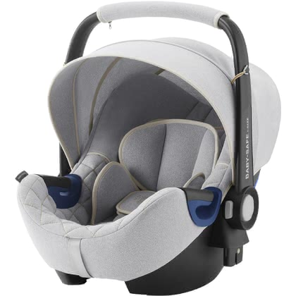 Britax Römer寶得適Baby Safe 2城市太空艙二代 i-Size嬰兒提籃 -  * The infant car seat Baby Safe 2 i-Size by Britax Römer offers plenty of space to grow and provides a flat recline position.