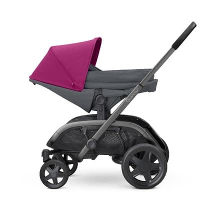 Quinny Hubb 兒童推車新生兒睡籃型睡袋 -  * The Quinny Hubb From-Birth Cocoon is the ultimate lightweight alternative to a carrycot and offers the smallest among us a snug place to cuddle up.