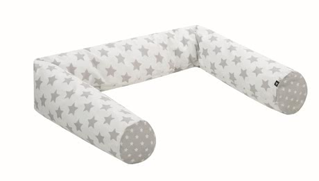 Alvi防撞保護枕 -  * The cuddly soft snake cot bumper does not only create a feeling of safety in your little one but it is also a super versatile companion.